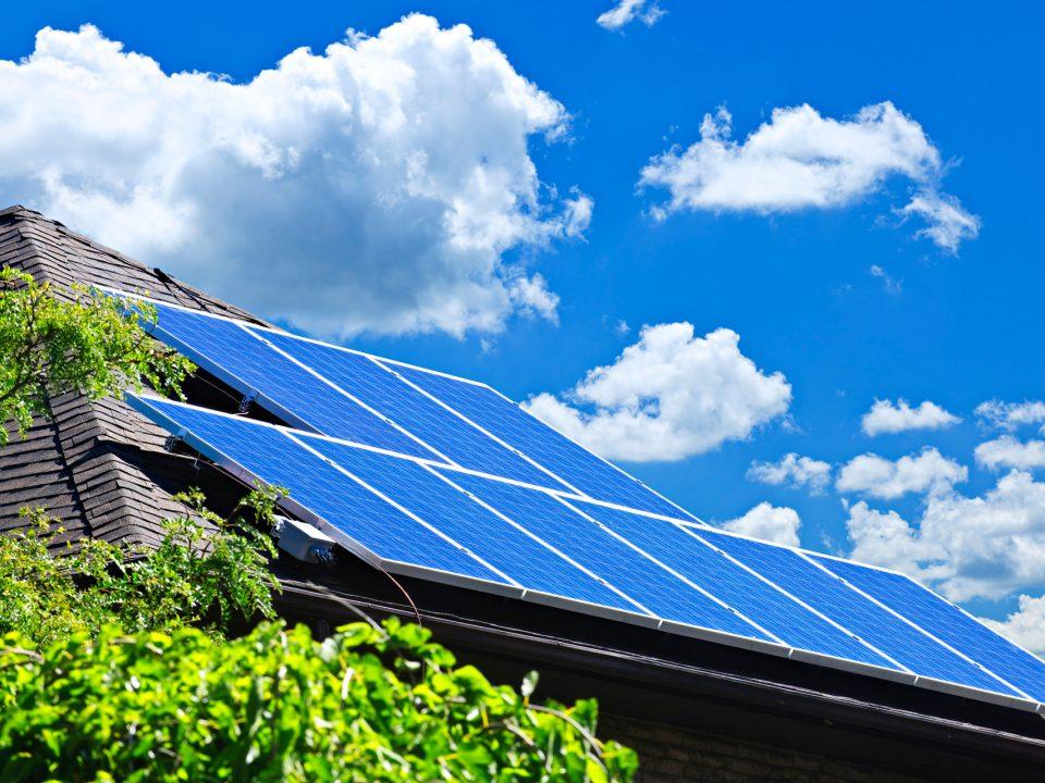 Fotowoltaika czy solary - kiedy warto je zainstalować?   Boniterm